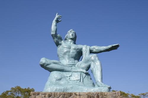 長崎: 平和祈念像
